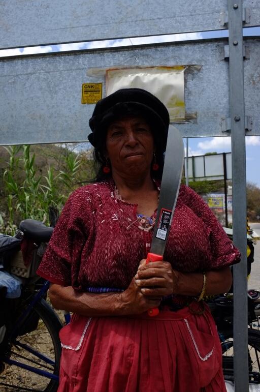 guatemalan indigenous women with machete